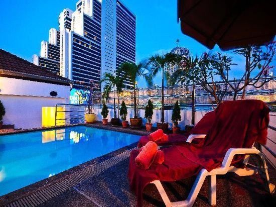 曼谷海軍上將套房酒店(Admiral Suites Bangkok)室外游泳池