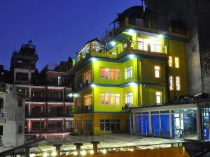 皇家企鵝SPA精品酒店
