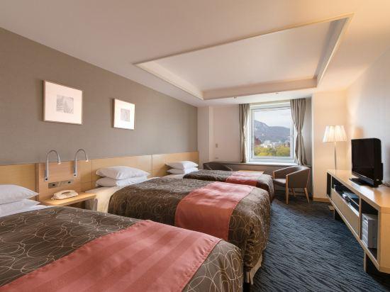 札幌公園飯店(Sapporo Park Hotel)高級大型三人房