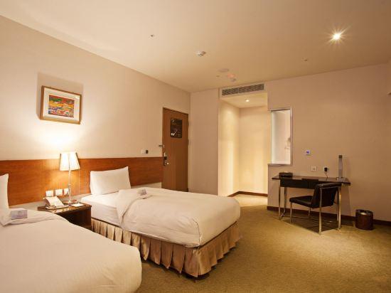 台糖台北會館(Taisugar Hotel)無窗雙床房