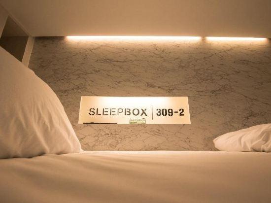 素坤逸膠囊22號旅舍(Sleepbox Sukhumvit 22 Hostel)4人女生宿舍(一張床位)