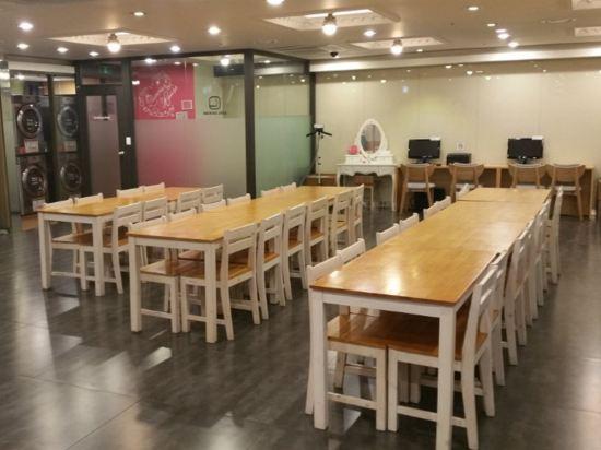 天空花園酒店明洞2號店(Hotel Skypark Myeongdong 2)會議室