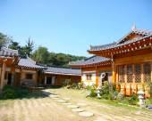 Geumsudong Hannok Guesthouse