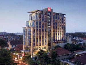 宜必思三寶攏新帕麗瑪酒店(Ibis Semarang Simpang Lima)