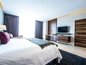 廣場小型豪華酒店(Square Small Luxury Hotel)