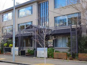 墨爾本白樺服務公寓(Birches Serviced Apartments Melbourne)