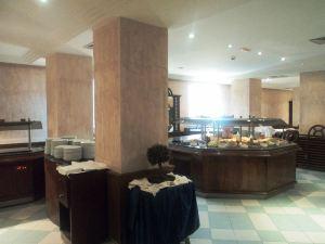 卡爾頓雅迪斯酒店(Yadis Ibn Khaldoun)