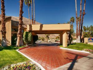 棕櫚泉品質酒店(Quality Inn Palm Springs)