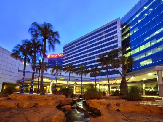 悉尼機場斯坦福廣場酒店和會議中心