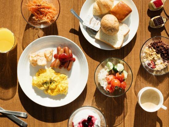 大阪難波光芒酒店(Candeo Hotels Osaka Namba)餐廳