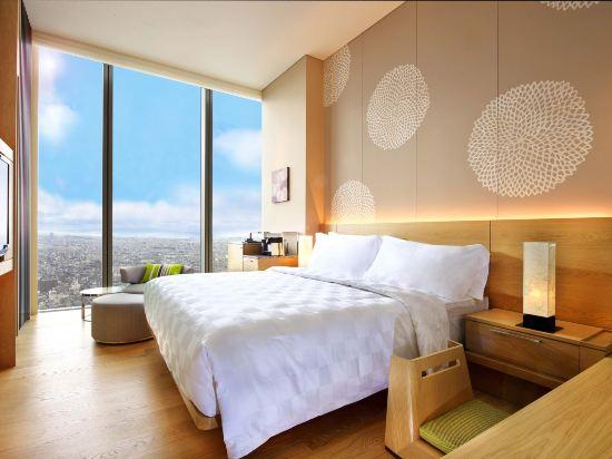 大阪萬豪酒店(Osaka Marriott Miyako Hotel)俱樂部舒適大號床房