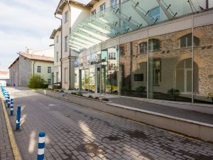 塔林赫斯特莫林酒店