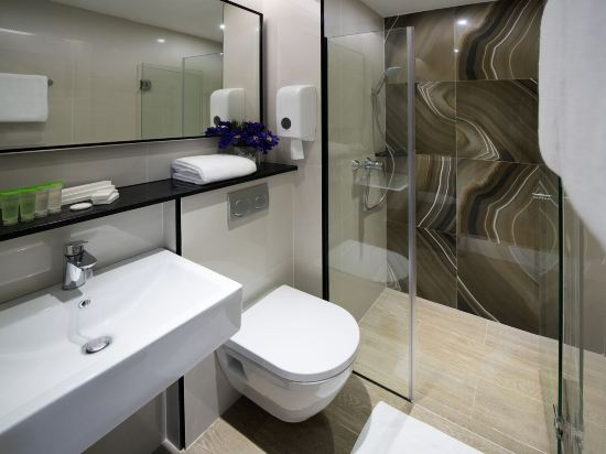 新加坡米閣大酒店(Hotel Mi Singapore)高級大床房