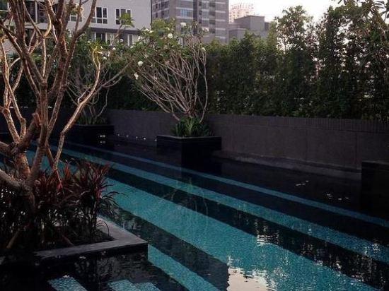 曼谷素坤逸15巷瑞享酒店(Mövenpick Hotel Sukhumvit 15 Bangkok)室外游泳池