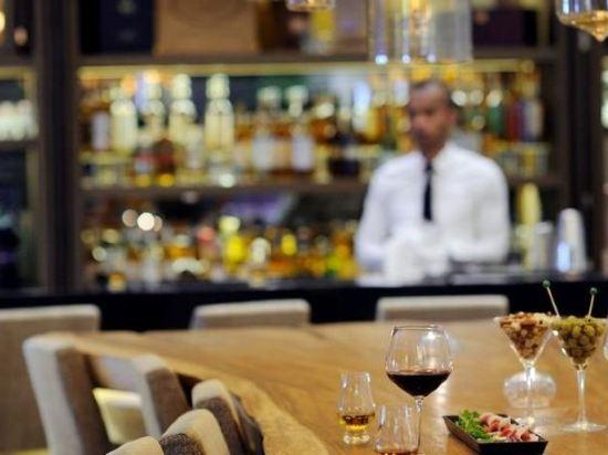 新加坡聖淘沙艾美酒店(Le Méridien Singapore, Sentosa)餐廳