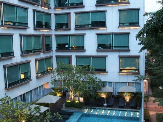 新加坡柏偉詩酒店(Park Regis Singapore)室外游泳池