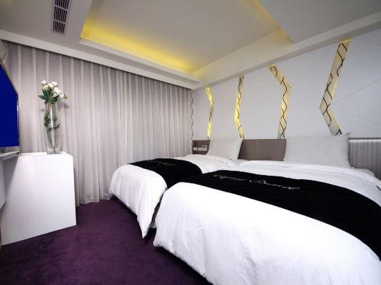 台北西門町新樂町精緻旅居(The Longstay Hotel)高級雙床房