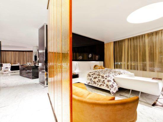 W曼谷酒店(W Bangkok Hotel)超級驚喜套房