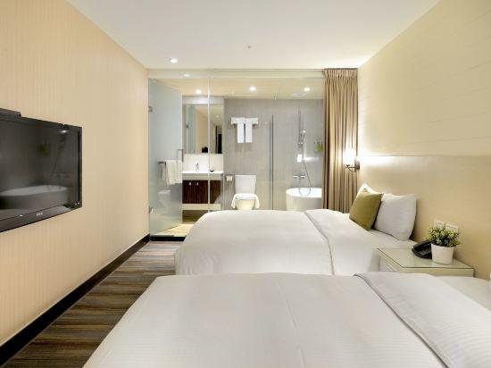 豐居旅店(台北西門館)(Via Hotel)標準四人房