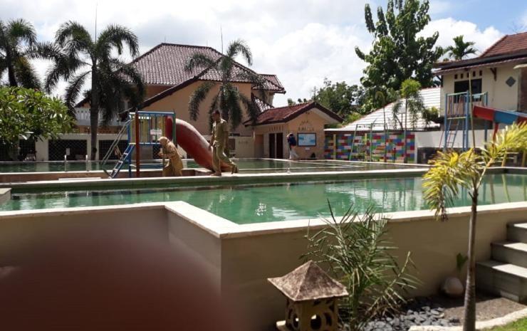 Grand Madani Hotel By Prasanthi Syari Ah Hotel Reviews And