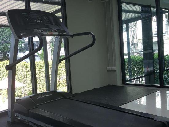 曼谷安尼克斯隆比尼酒店(Annex Lumpini Bangkok)健身房