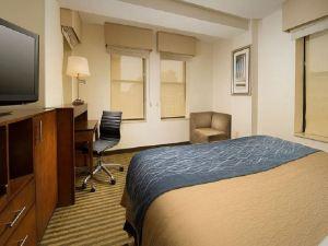 會議中心凱富酒店(Comfort Inn Downtown DC Convention Center)