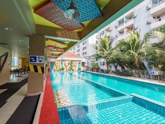 曼谷自我風格酒店(MeStyle Place Bangkok)室內游泳池