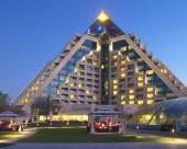 迪拜萊佛士酒店