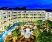 卡倫海灘安達曼海景酒店