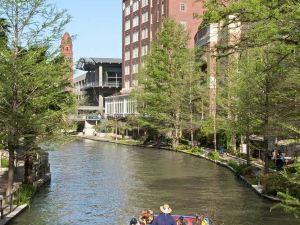 聖安東尼奧河濱/市區希爾頓欣庭套房酒店(Homewood Suites by Hilton San Antonio Riverwalk/Downtown)