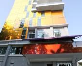 新加坡巴耶利峇寰庭商旅酒店 (Staycation Approved)