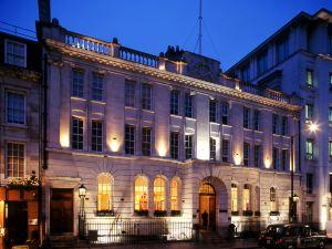 倫敦法院酒店