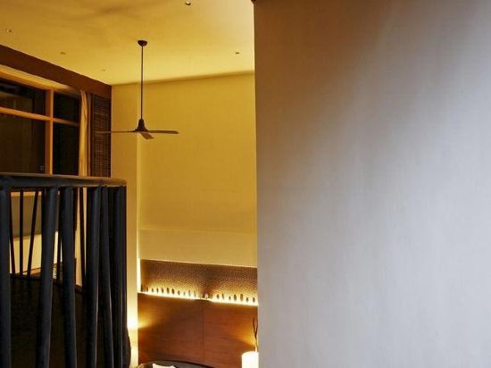 盛泰瀾幻影海灘度假村(Centara Grand Mirage Beach Resort Pattaya)俱樂部至尊幻影複式套房