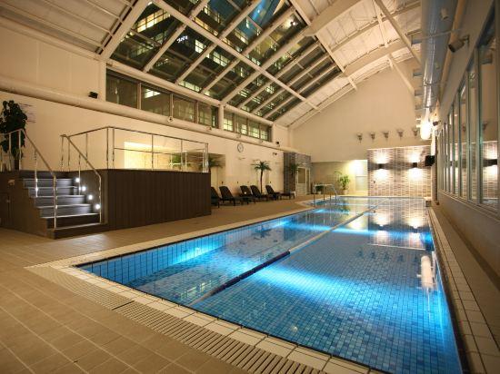東京池袋大都會飯店(Hotel Metropolitan Tokyo Ikebukuro)室內游泳池