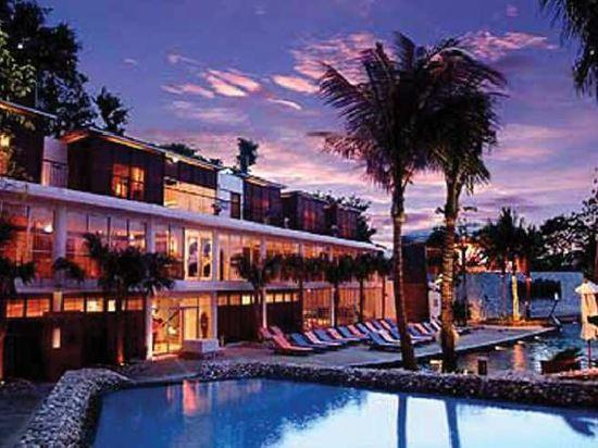 芭堤雅硬石酒店(Hard Rock Hotel Pattaya)室外游泳池