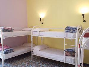曼奇尼那不勒斯旅館