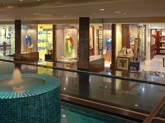 八打靈再也希爾頓酒店(Hilton Petaling Jaya)室內游泳池