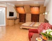 Tolstogo City Hotel