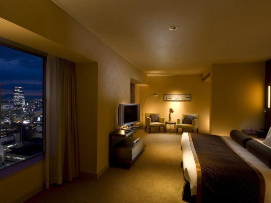 名古屋希爾頓酒店(Hilton Nagoya Hotel)豪華行政特大床套房