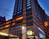 底特律市中心萬怡酒店