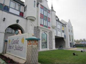 阿納海姆城堡套房酒店(Castle Inn and Suites Anaheim)