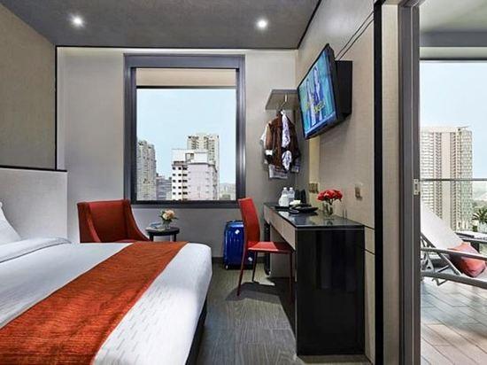 新加坡莊家大酒店(Hotel Boss Singapore)高級房(帶陽台)