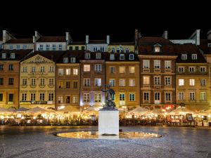 華沙希爾頓逸林酒店及會議中心(DoubleTree by Hilton Hotel & Conference Centre Warsaw)