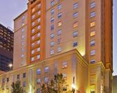 新奧爾良市中心拉昆塔套房酒店