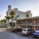 基西米華美達港威酒店(Ramada Kissimmee Gateway)