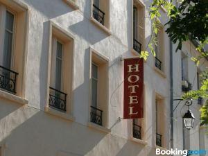 魯西永酒店(Hôtel du Roussillon)