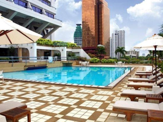 曼谷素坤逸希爾頓逸林酒店(DoubleTree by Hilton Sukhumvit Bangkok)室外游泳池