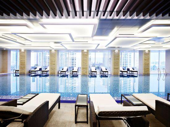 首爾喜來登帕拉斯江南酒店(Sheraton Seoul Palace Gangnam Hotel)室內游泳池