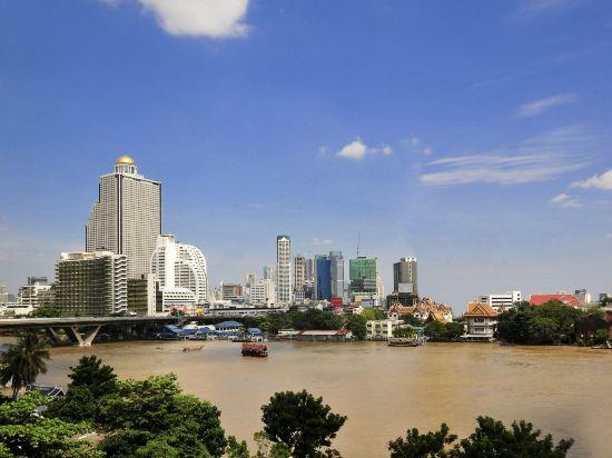 曼谷諾富特素坤逸20號酒店(Novotel Bangkok Sukhumvit 20)外觀