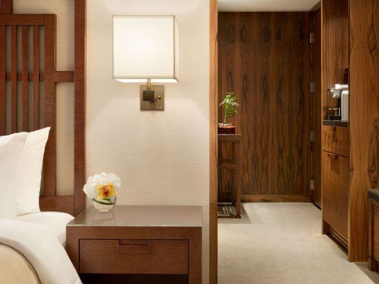 温哥華香格里拉大酒店(Shangri-La Hotel Vancouver)豪華客房